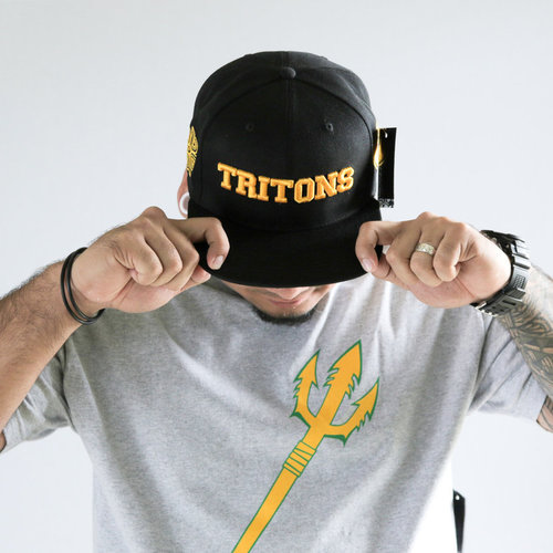 Hafaloha© TRITONS Snapback (Gold on Black)